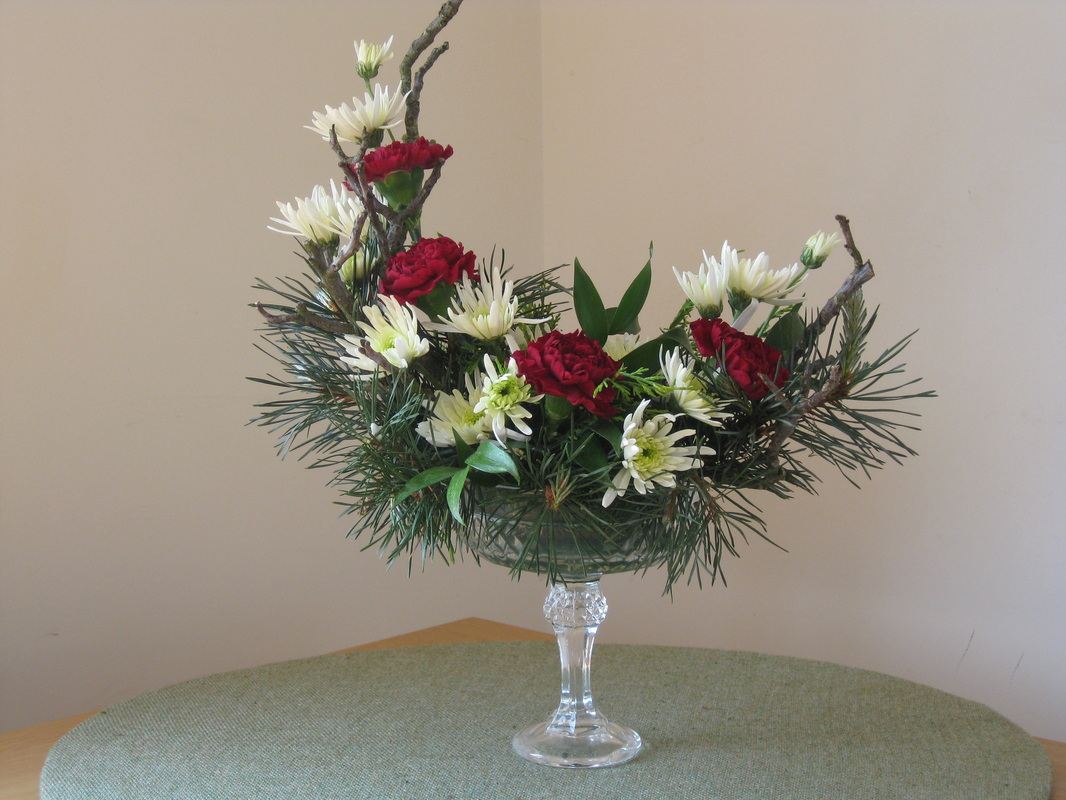 Crescent Arrangement Hannah S Floral Design